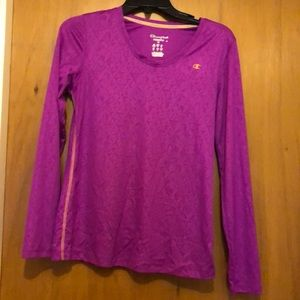 Long sleeve active wear shirt